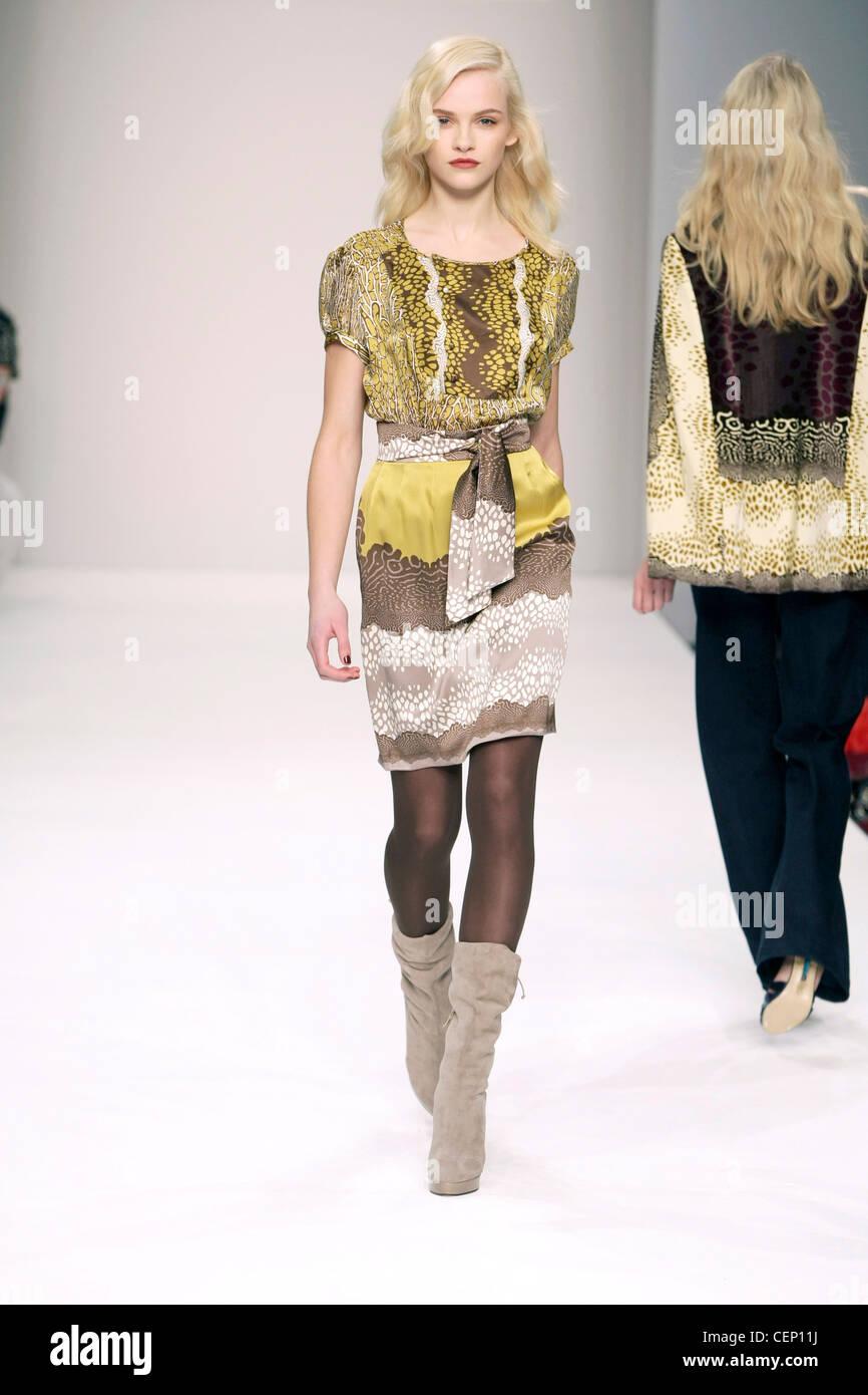 ISSA London bereit zu tragen Herbst Winter Beige und gelb