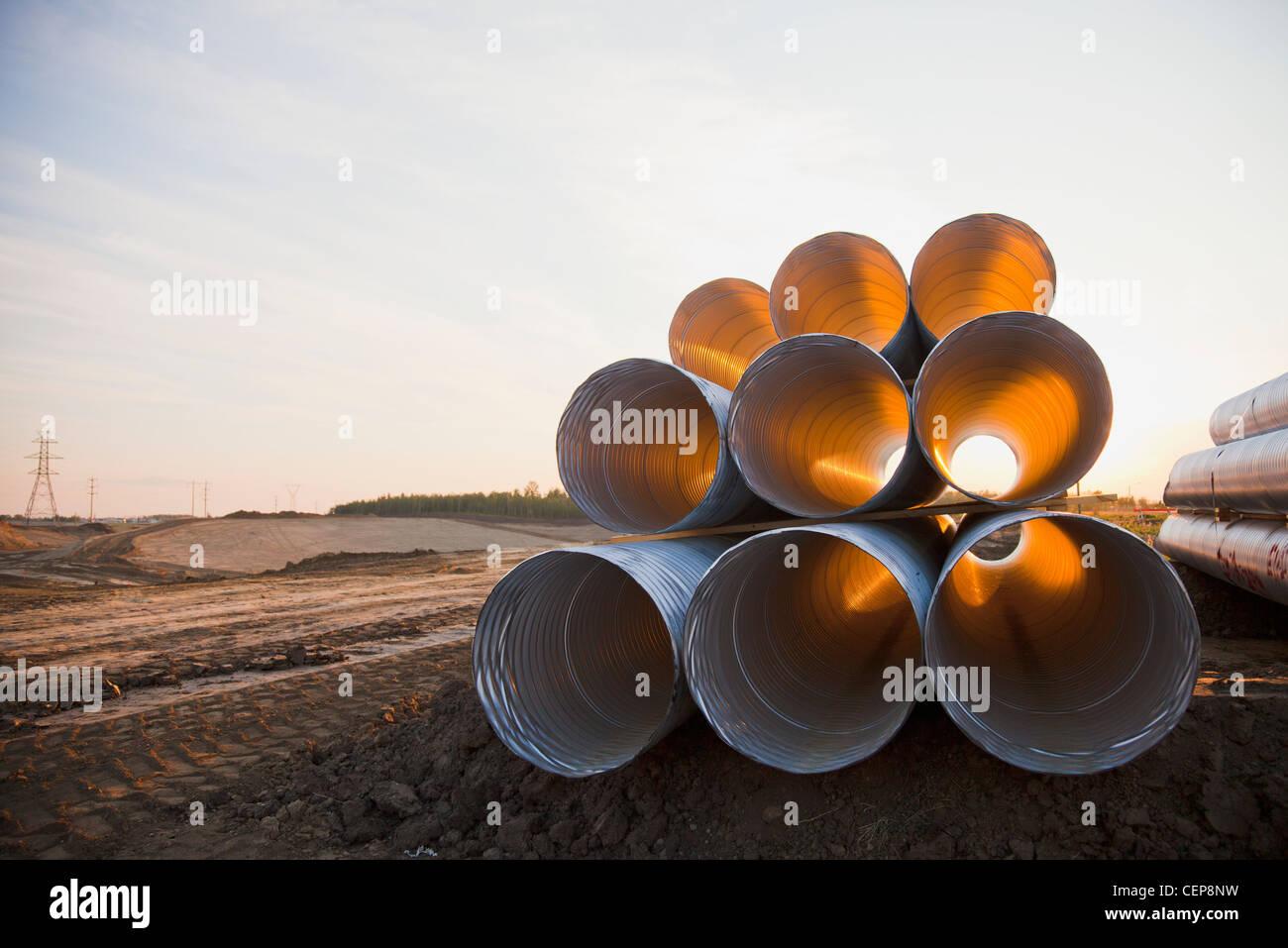 Kanal Rohr im Straßenbau verwendet; Edmonton, Alberta, Kanada Stockfoto