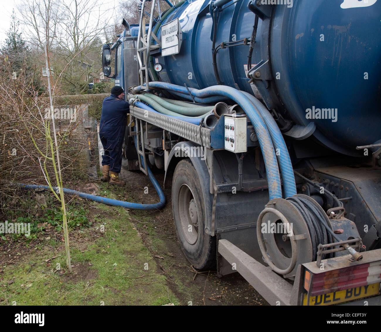 Binder Klärgrube Tanker Fahrzeug nicht gefährliches Produkt Stockfoto