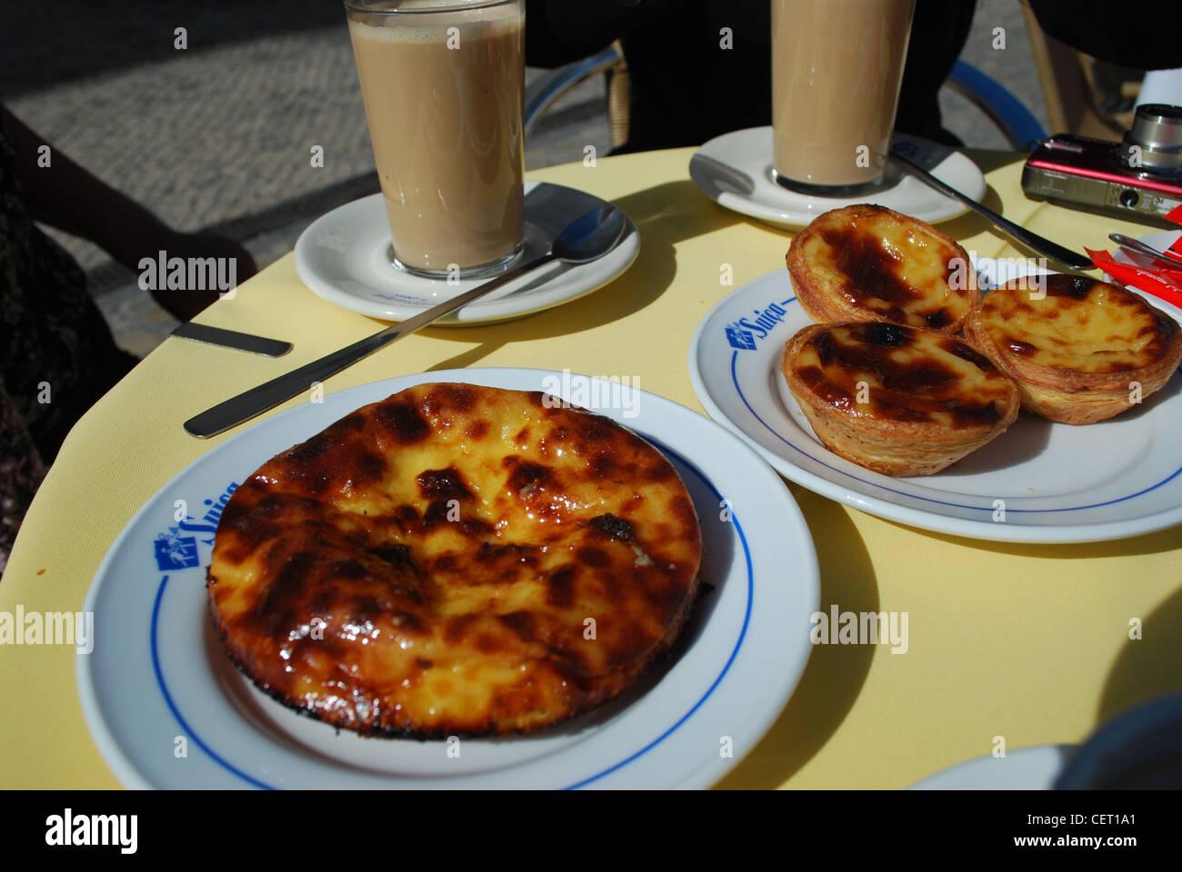 Portugiesische Kuchen In Lissabon Stockfoto Bild 43553833 Alamy