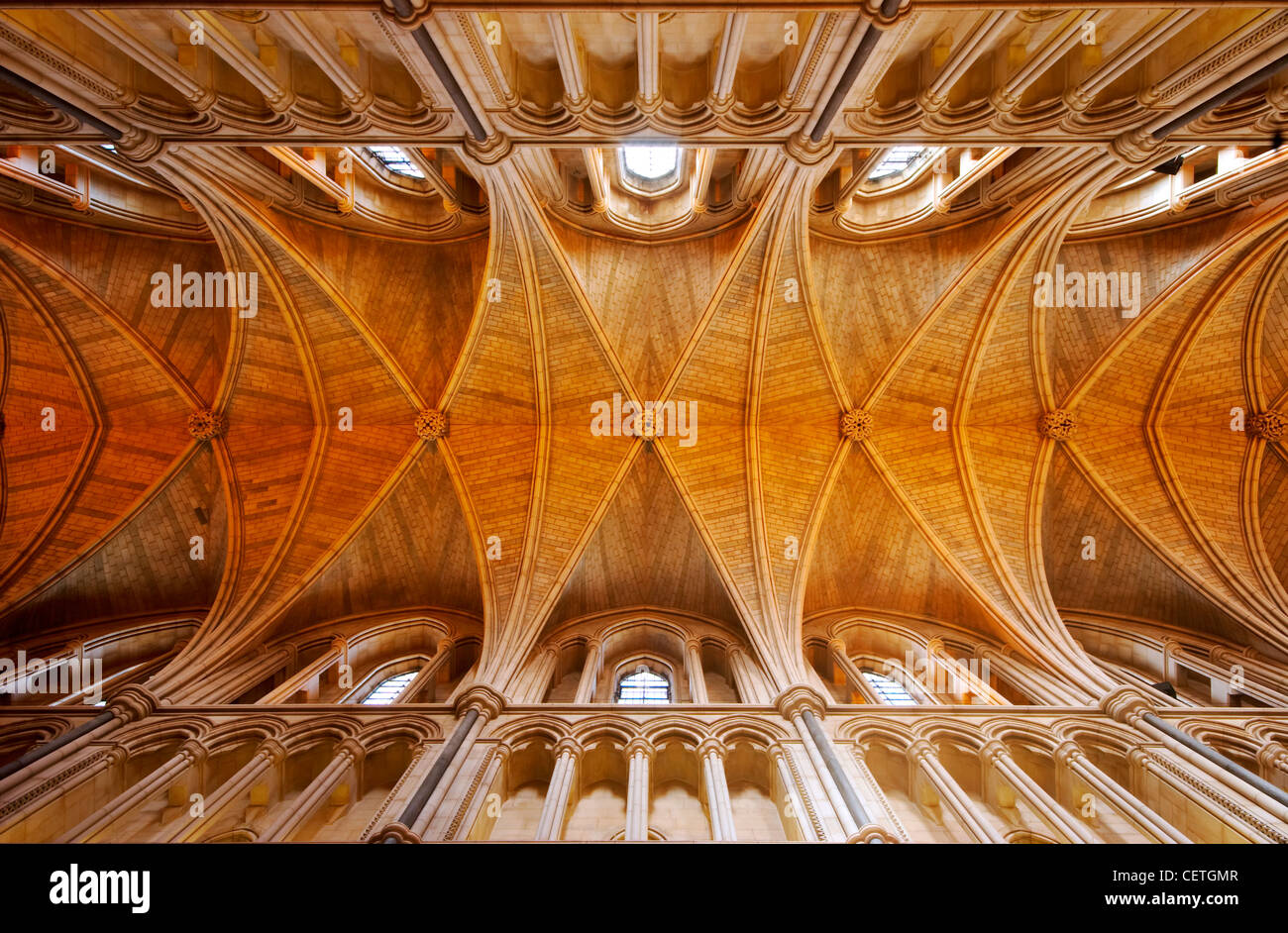 Die Decke der Southwark Cathedral. William Shakespeare wird geglaubt, um wann gewesen John Harvard, Gründer der Stockfoto