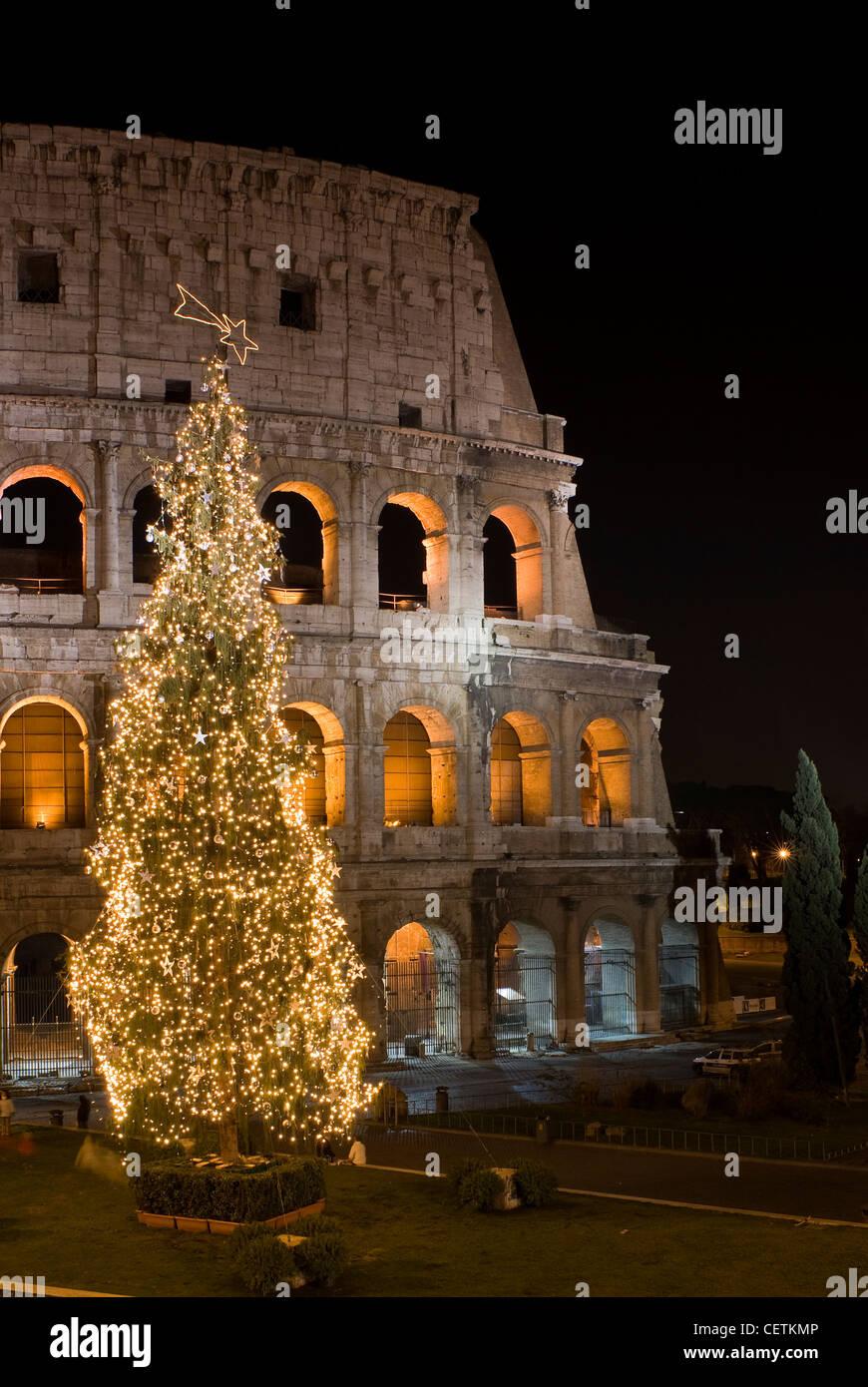 Kolosseum an Weihnachten Zeit, Rom, Latium, Italien Stockfoto, Bild ...