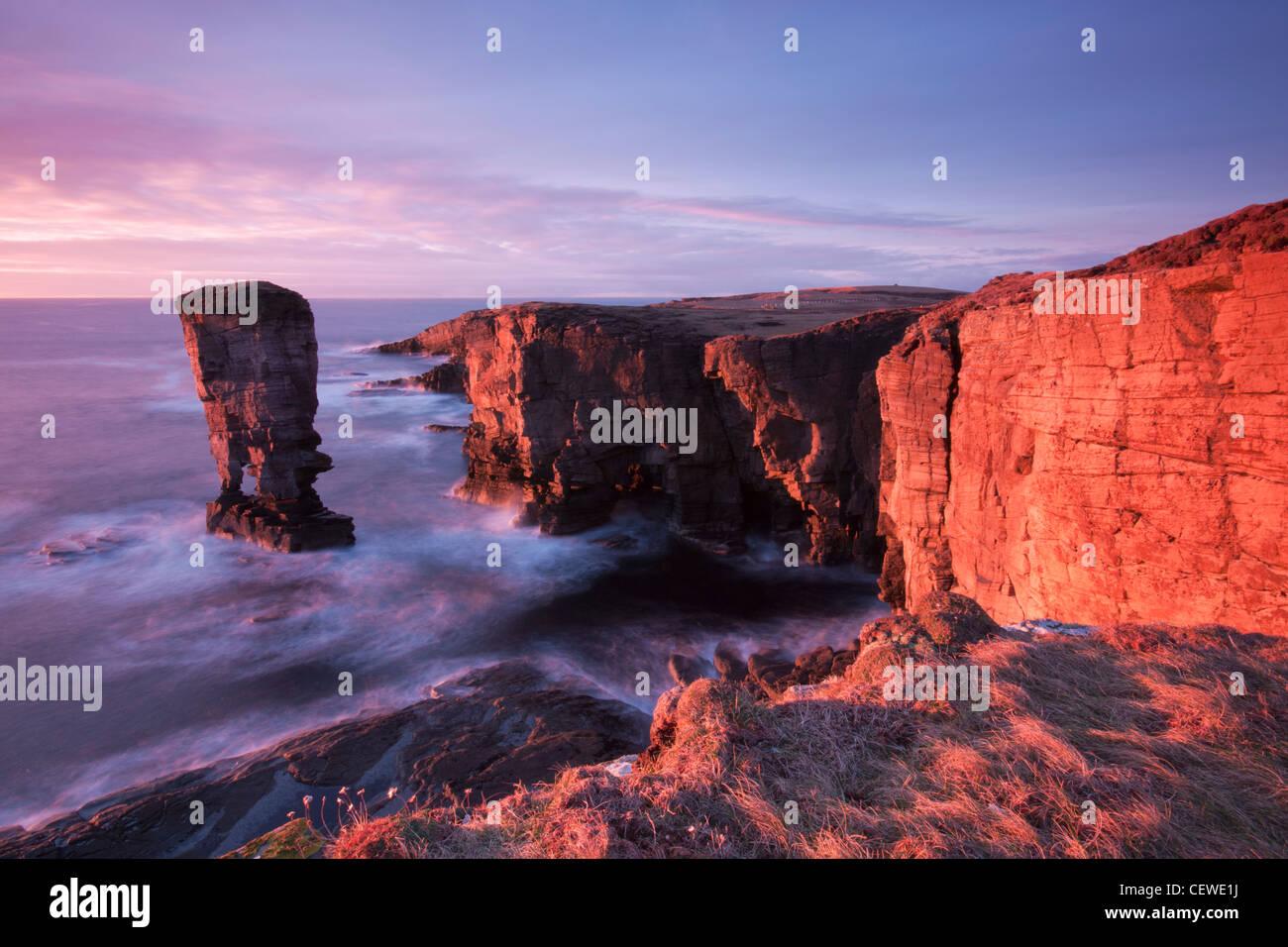 Die Orkney-inseln, Yesnaby Küste Stockbild