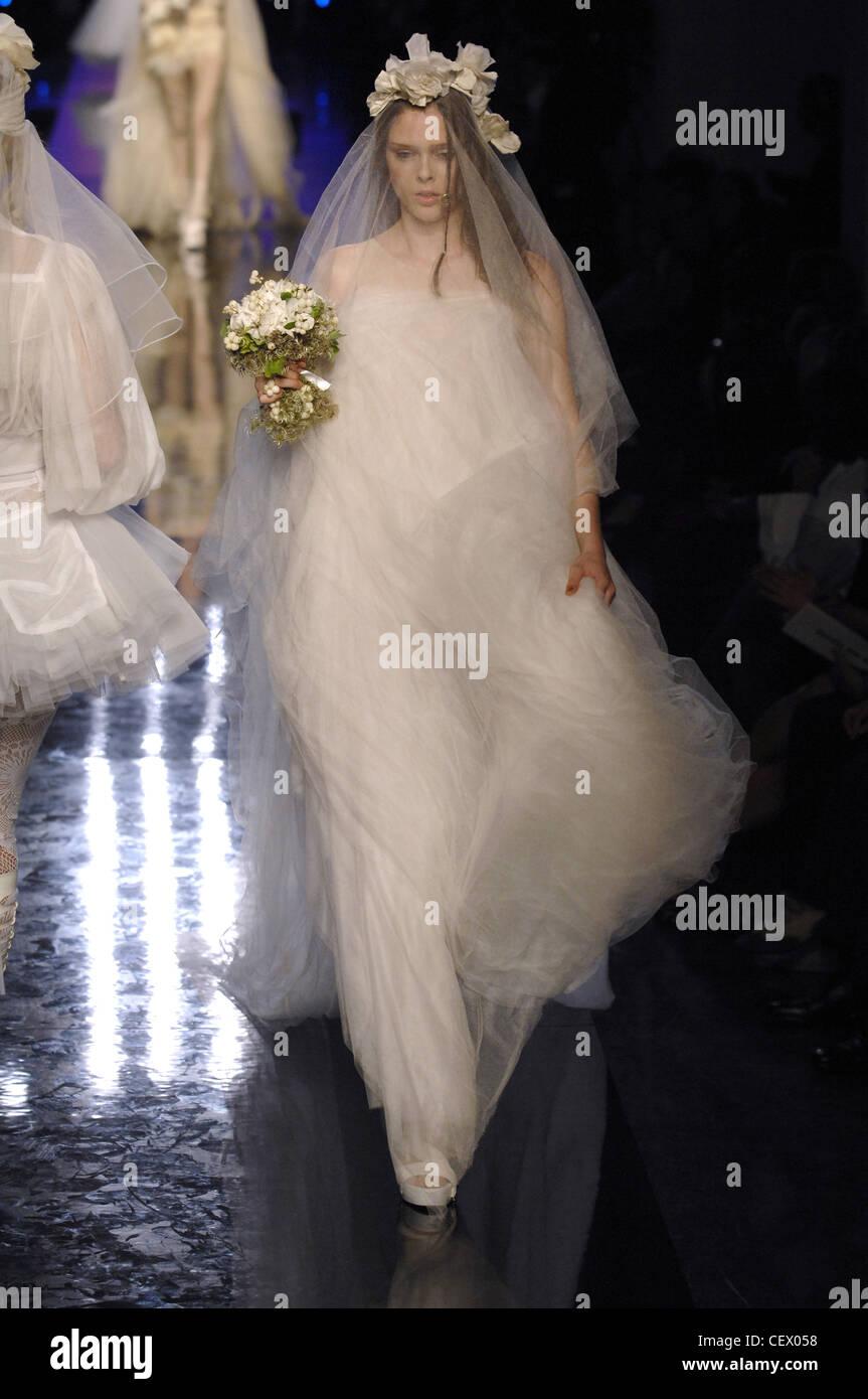 Jean Paul Gaultier Ready to tragen Frühling Sommer Brautkleid: weiße ...