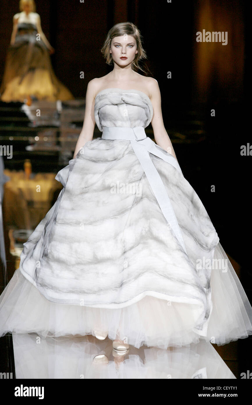 & Gabbana Dolce bereit zu tragen Herbst Winter Ballkleid: trägerlose ...