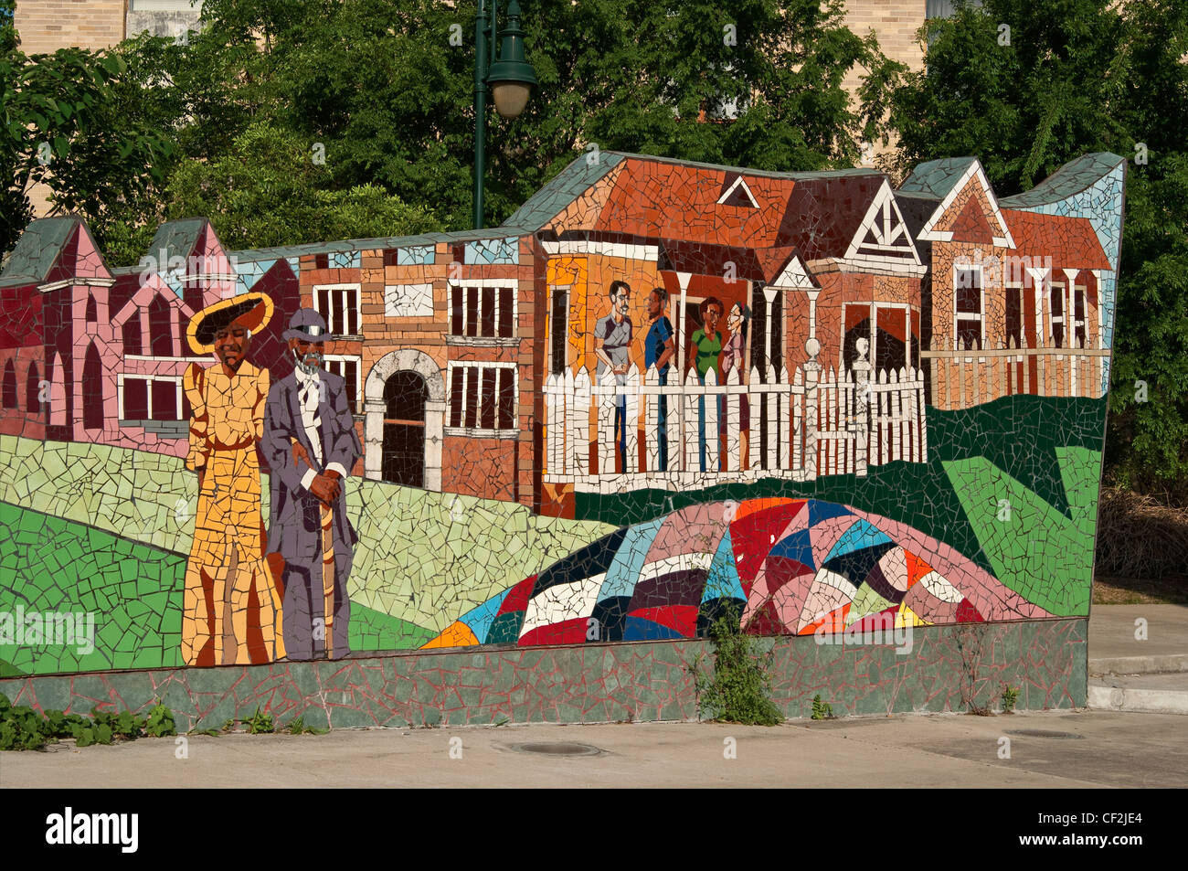 """Rhapsody"" Fliesen Mosaik Wandbild von John yancey, bei dr. charles e. urdy Plaza in Austin, Texas, USA Stockbild"