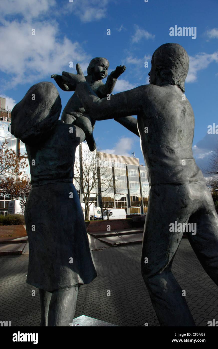 """Eine Skulptur mit dem Titel """"In Town"""" an der Battersea Bridge Road. Stockbild"""