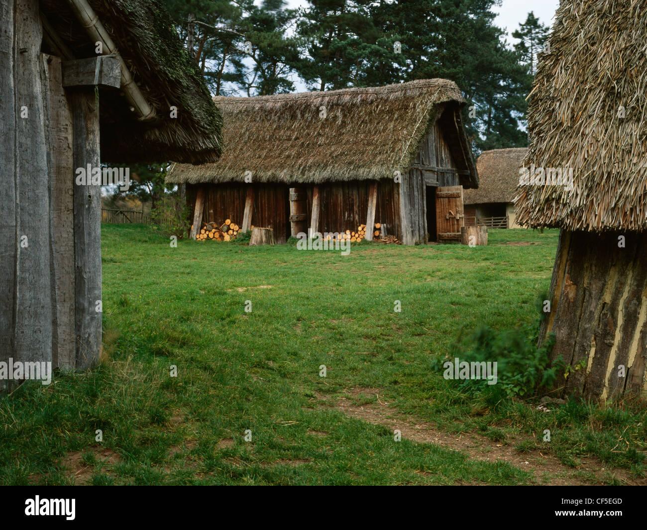 Stow angelsächsischen Westdorf, eine experimentelle Dorf erbaut auf dem ausgegrabenen Gelände einer frühmittelalterlichen Stockbild