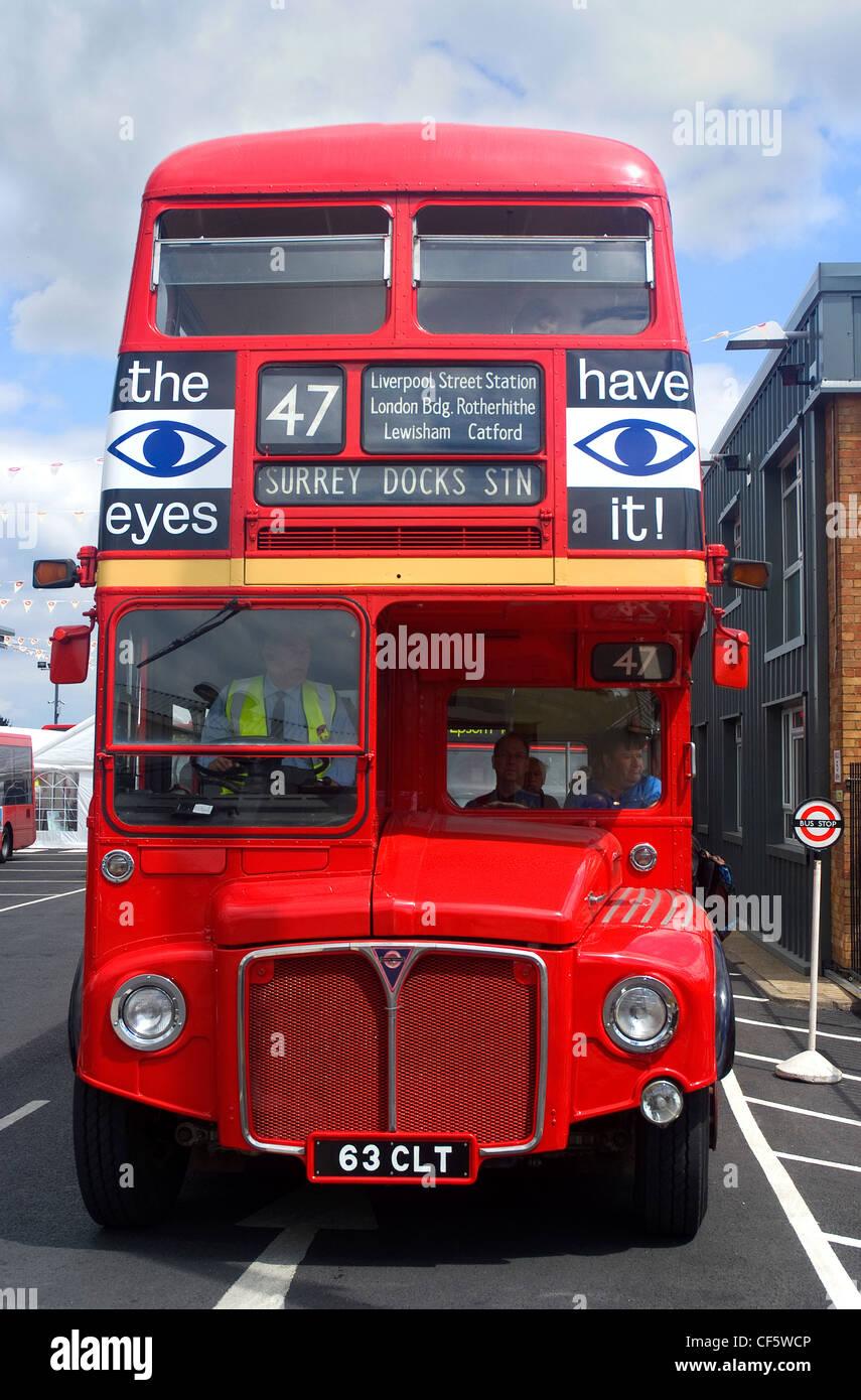 Bus In A Depot Stockfotos & Bus In A Depot Bilder - Alamy