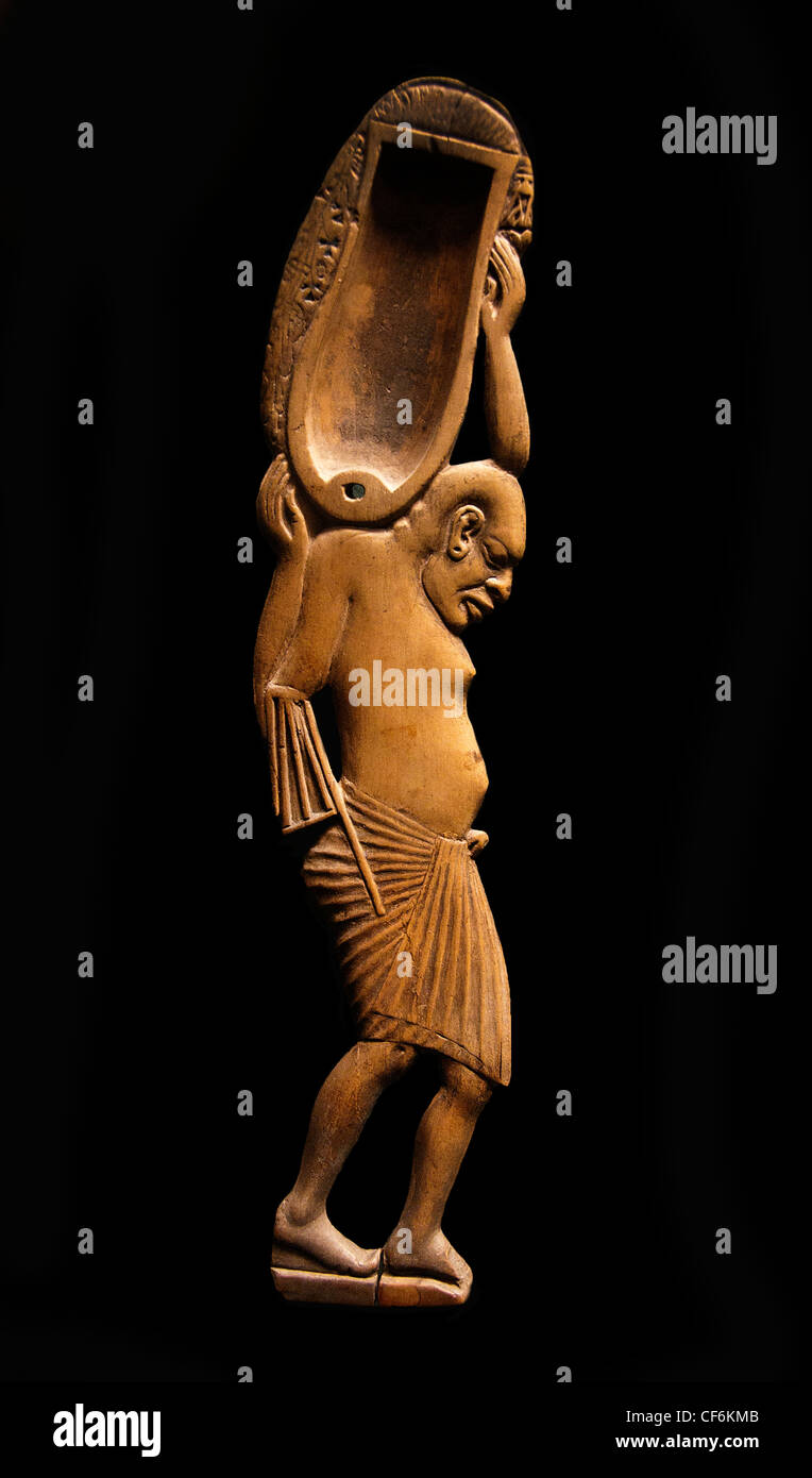 Alte ägyptische kosmetische Löffel Ägypten Holz neuen Reiches Dynastie 18 XVIII 1391-1353 v. Chr. Stockbild