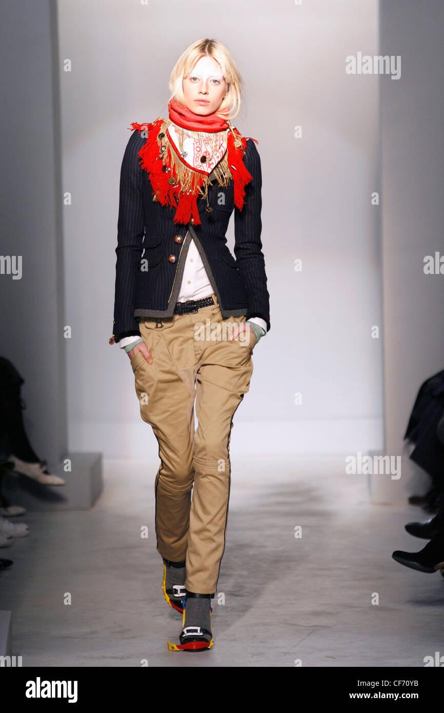 Balenciaga Paris Bereit Tragen Herbst Winter Modell Milana