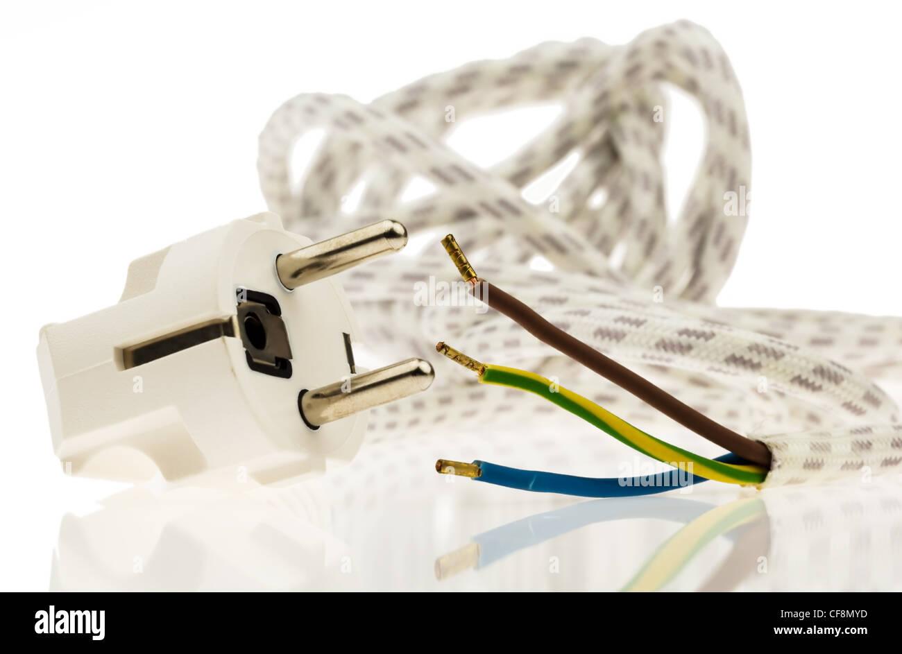 Wonderful Ein Netzkabel Mit Stecker Für Elektrische Energie. Strom Im Haus. Stockbild