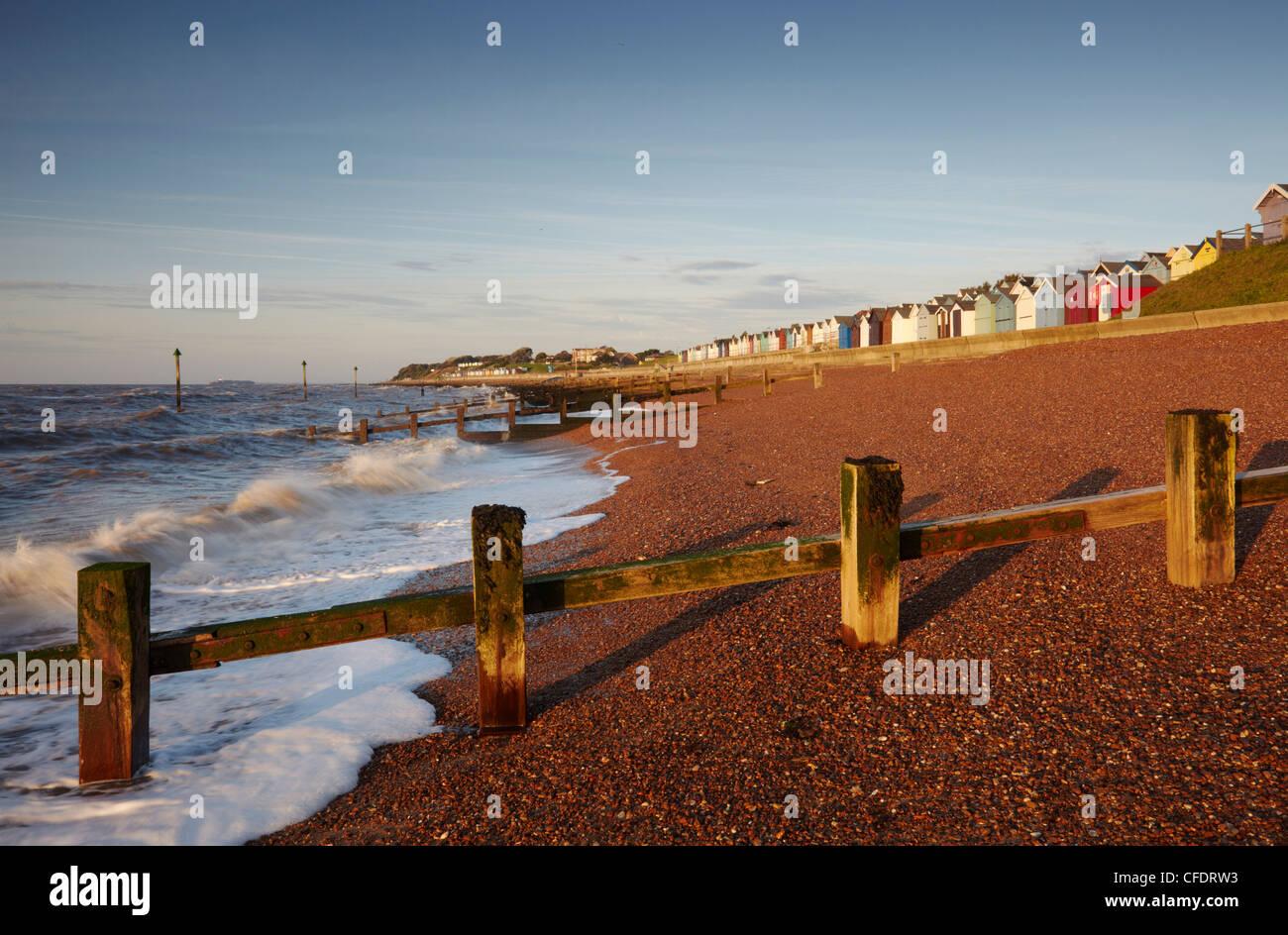 Der Strand von Felixstowe auf der Küste von Suffolk an einem August-Morgen, Felixstowe, Suffolk, England, Vereinigtes Stockbild