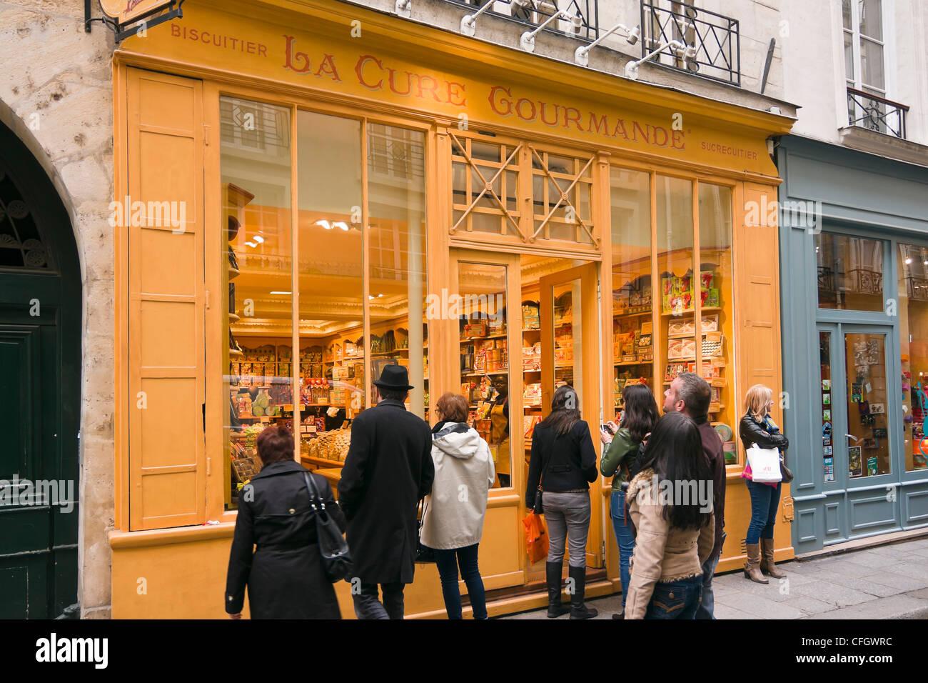 La Cure Gourmande Keks und Schokolade Shop - Île Saint-Louis, Paris, Frankreich Stockbild
