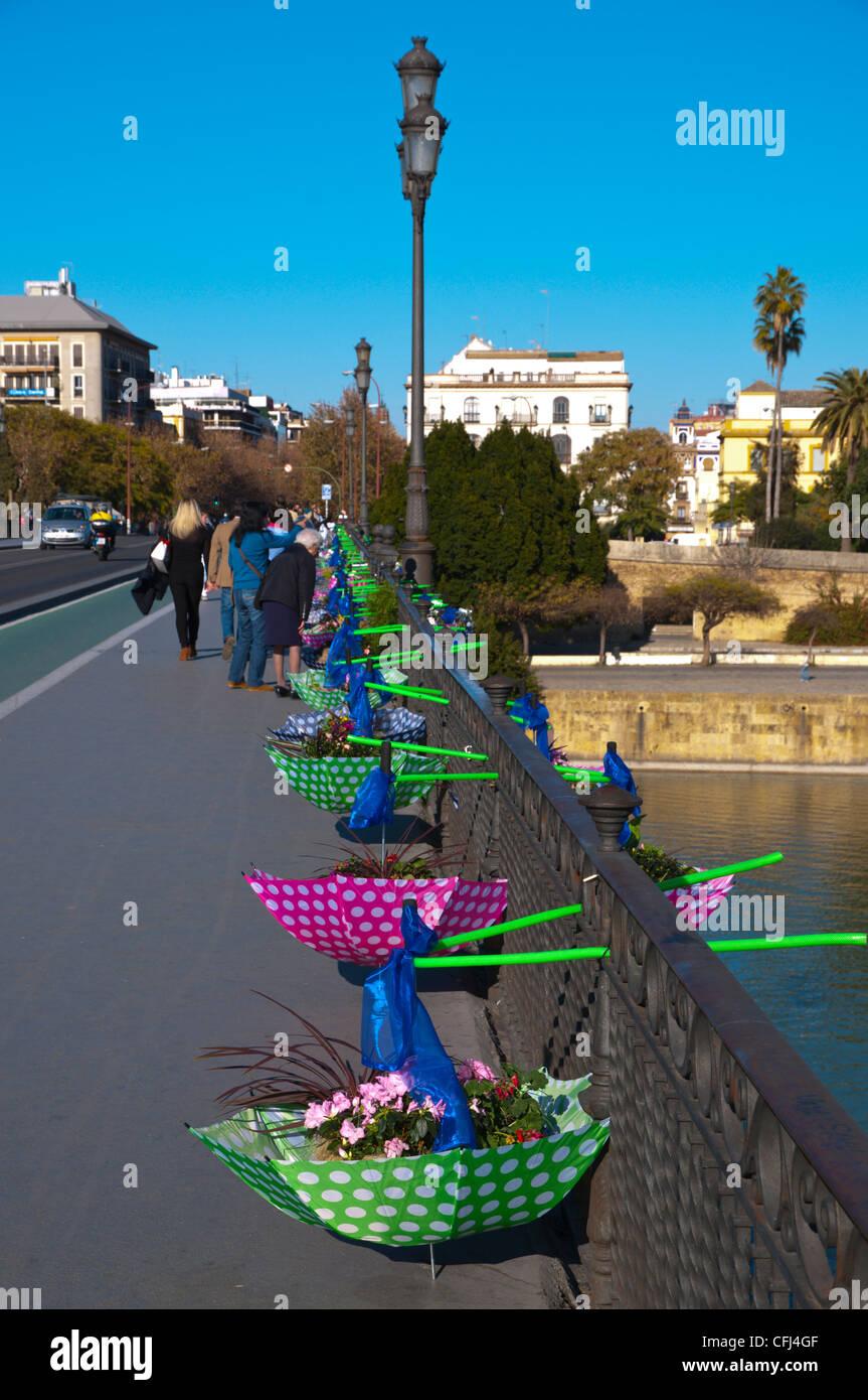 Ikea Gesponserten Blumen Auf Puente De Isabel Ii Triana