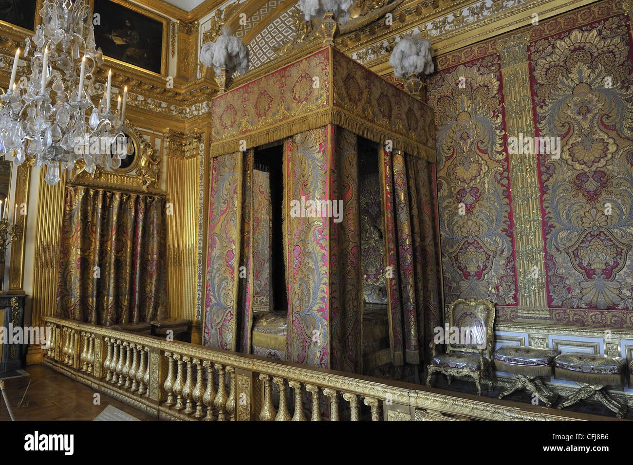 Bett, Königssaal, Versailles, Frankreich (wo starb Louis XIV, König ...