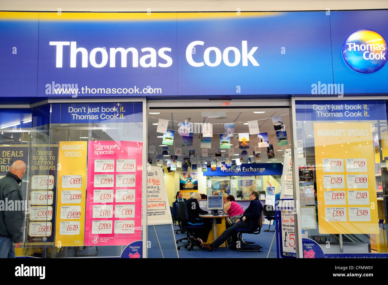 Thomas Cook Reisebüros bei Merry Hill Shopping Center, West Midlands, UK. Stockbild