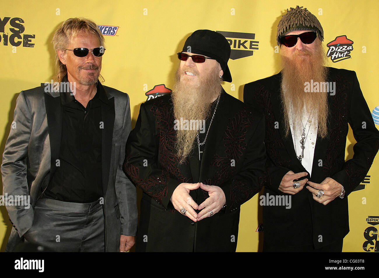 dusty hill and billy gibbons stockfotos dusty hill and. Black Bedroom Furniture Sets. Home Design Ideas
