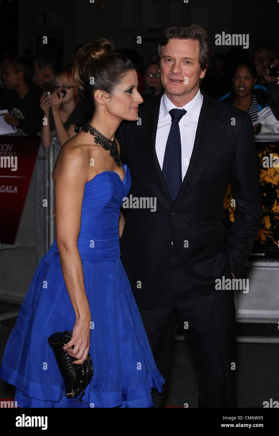 LIVIA GIUGGIOLI COLIN FIRTH CROSSFIRE HURRICANE. FÜHRENDE 56. BFI LONDON FILM FESTIVAL LONDON ENGLAND UK 18. Stockbild