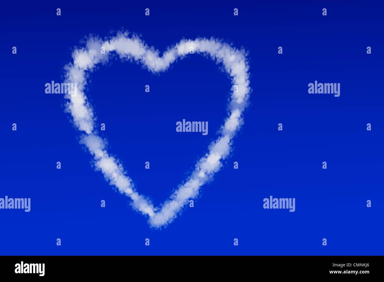 Wolken in Form Eines Herzes Schweben bin Blauen Himmel | Wolken in der Form eines Herzens in den blauen Himmel schweben Stockbild