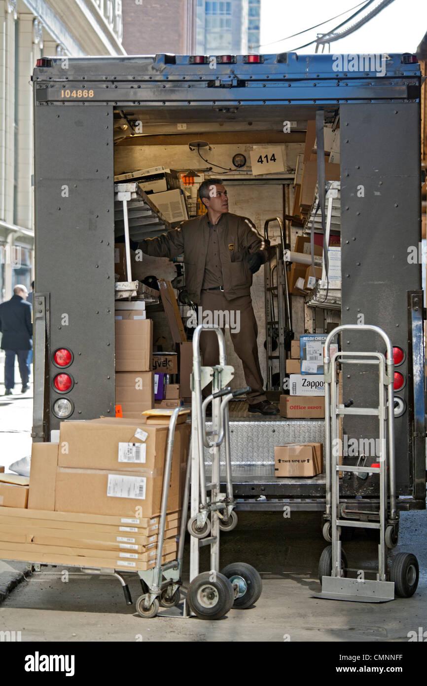 UPS-Auslieferungsfahrer Stockbild