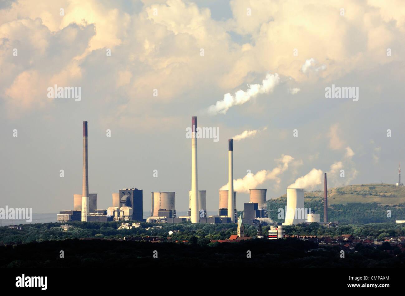 Kletterausrüstung Ruhrgebiet : Coal plant on the rhine stockfotos & bilder