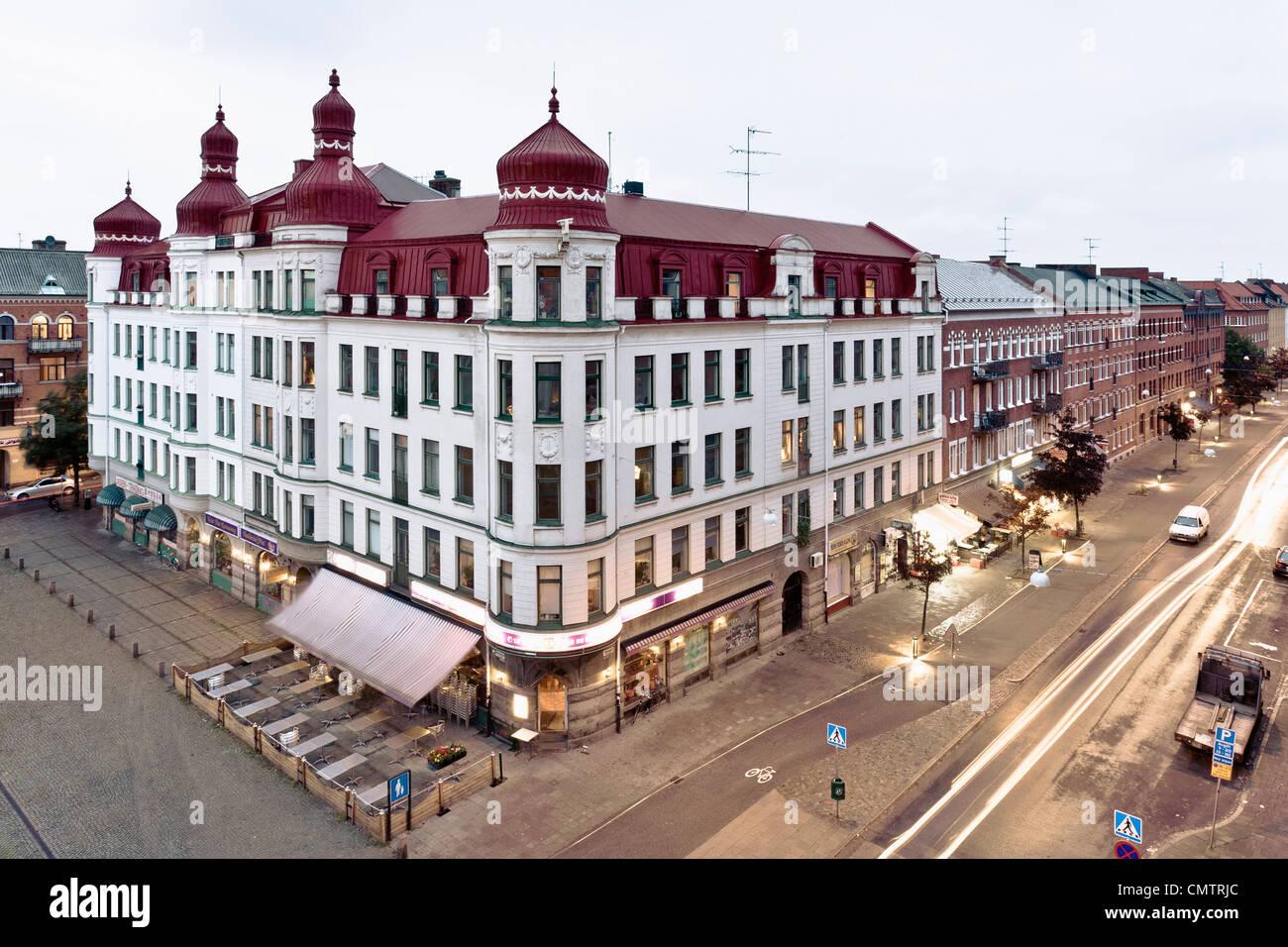 Vogelperspektive Blick auf Gebäude und Straße Stockbild