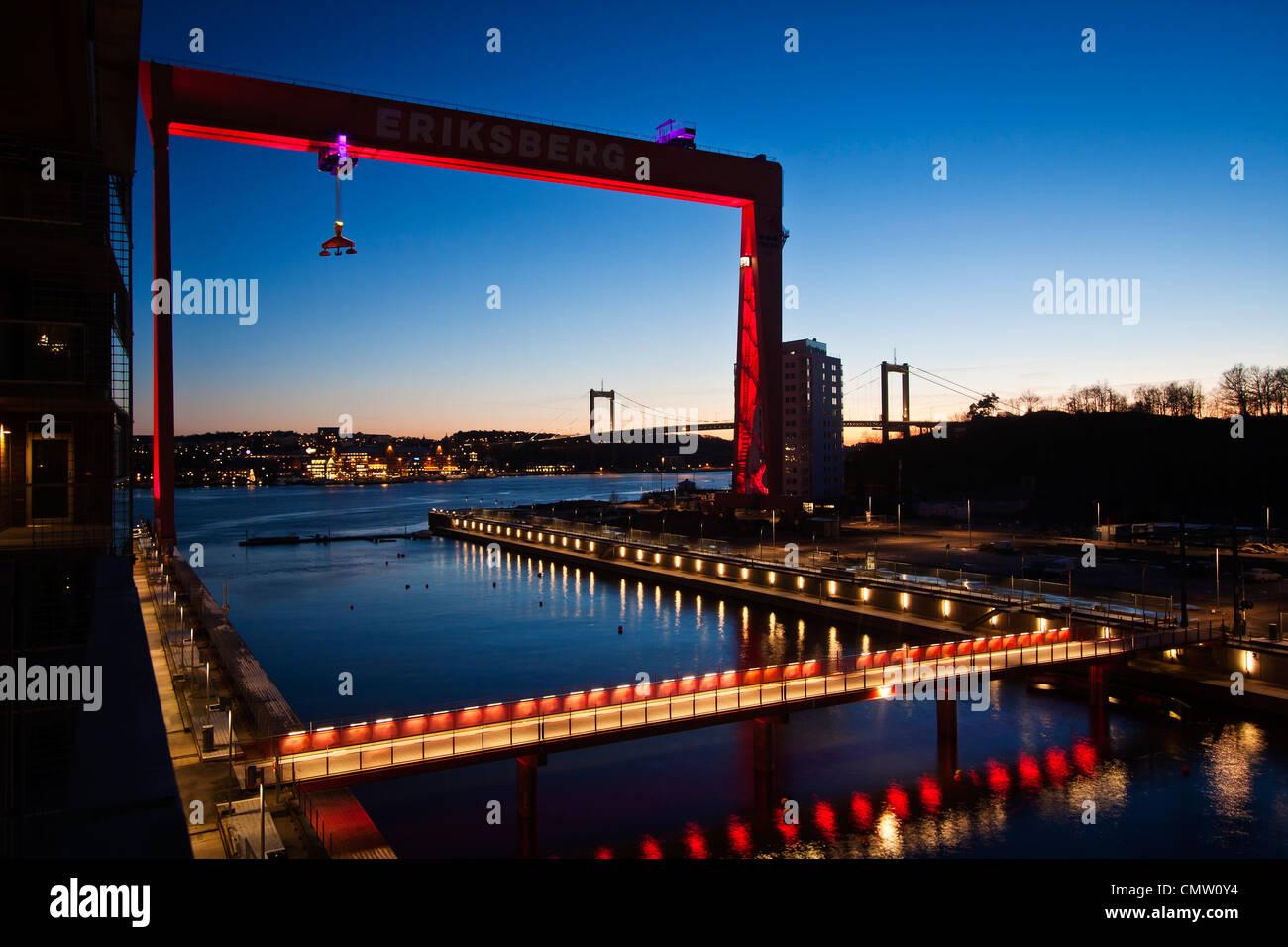 Frachthafen in der Nacht Stockbild