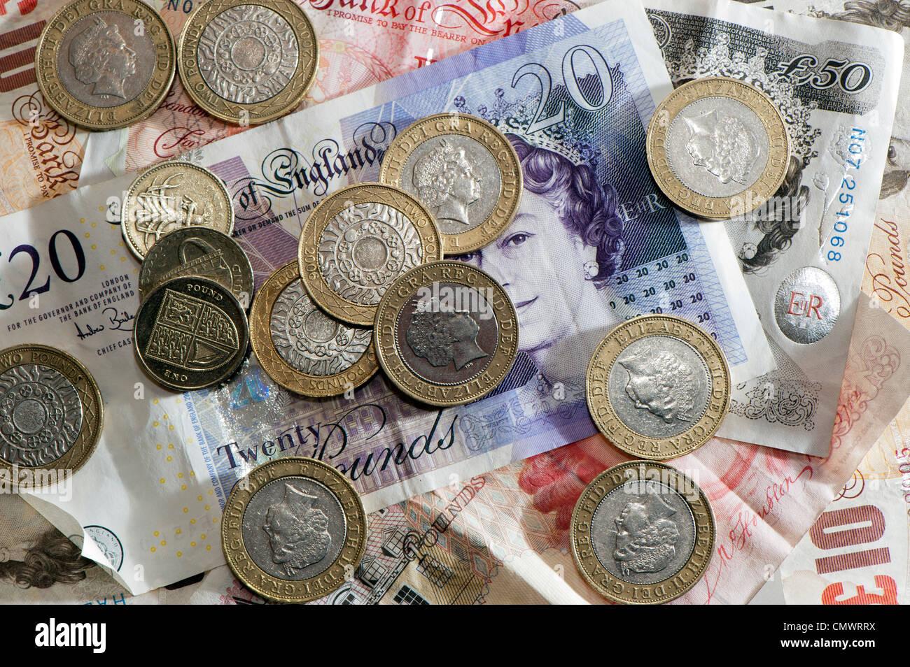 Banknoten und Münzen der verschiedenen Konfessionen