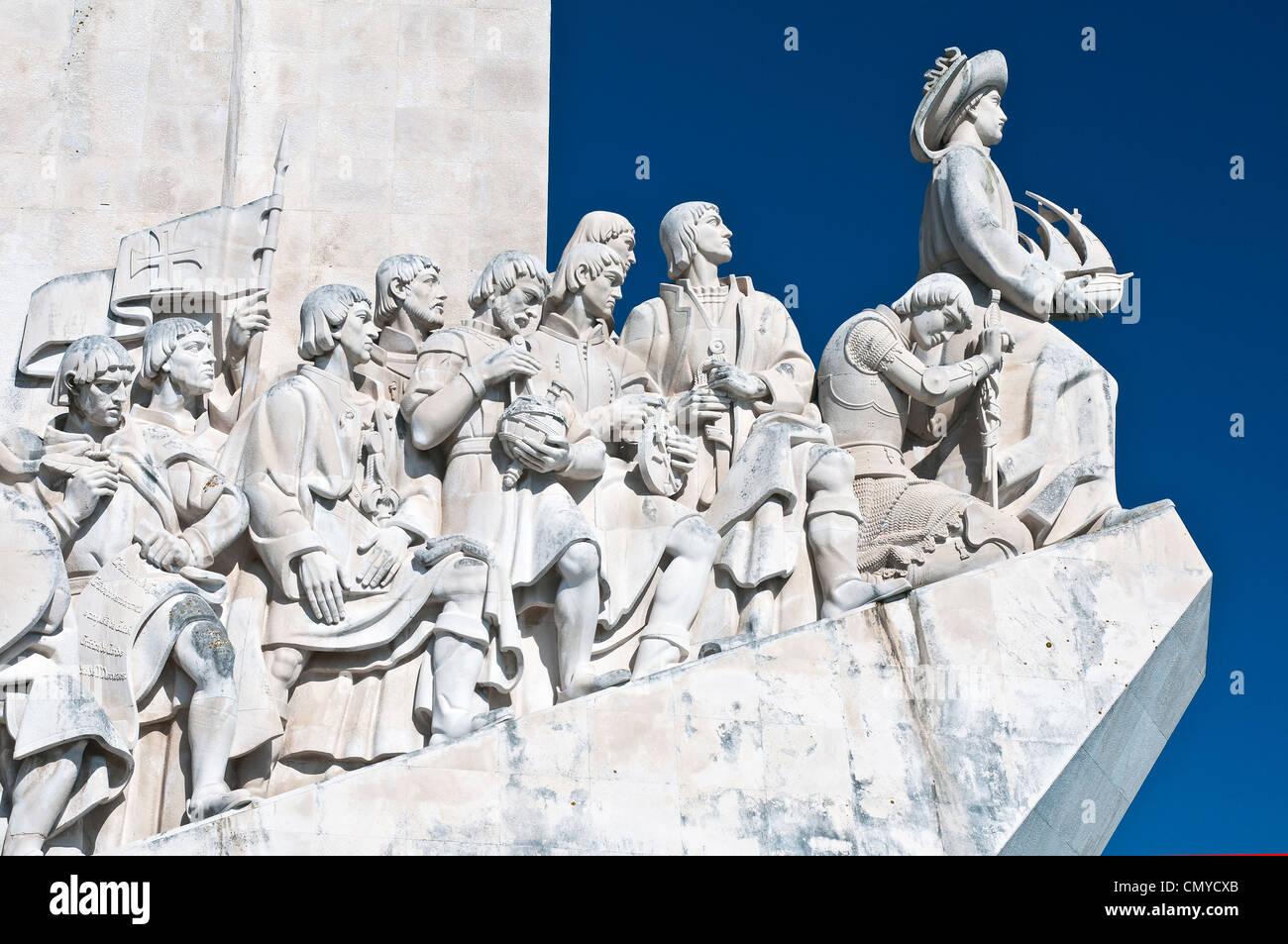 Detail des Padrão Dos Descobrimentos oder Denkmal der Entdeckungen in Belém, Lissabon, Portugal Stockbild
