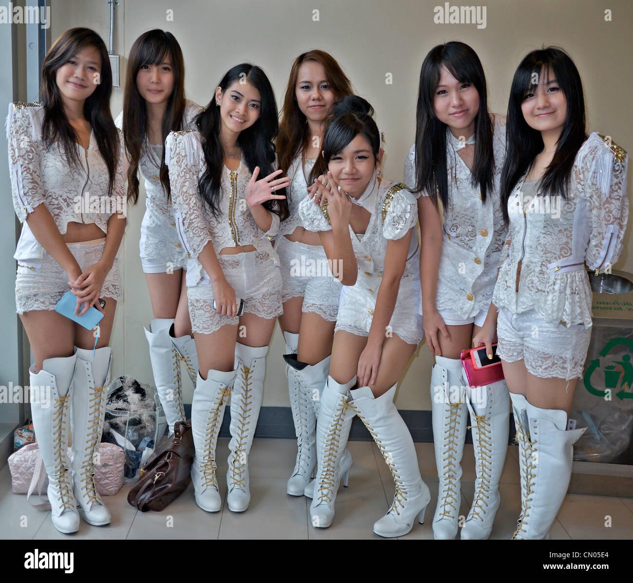 Die beliebtesten Videos von Tag: thai girl