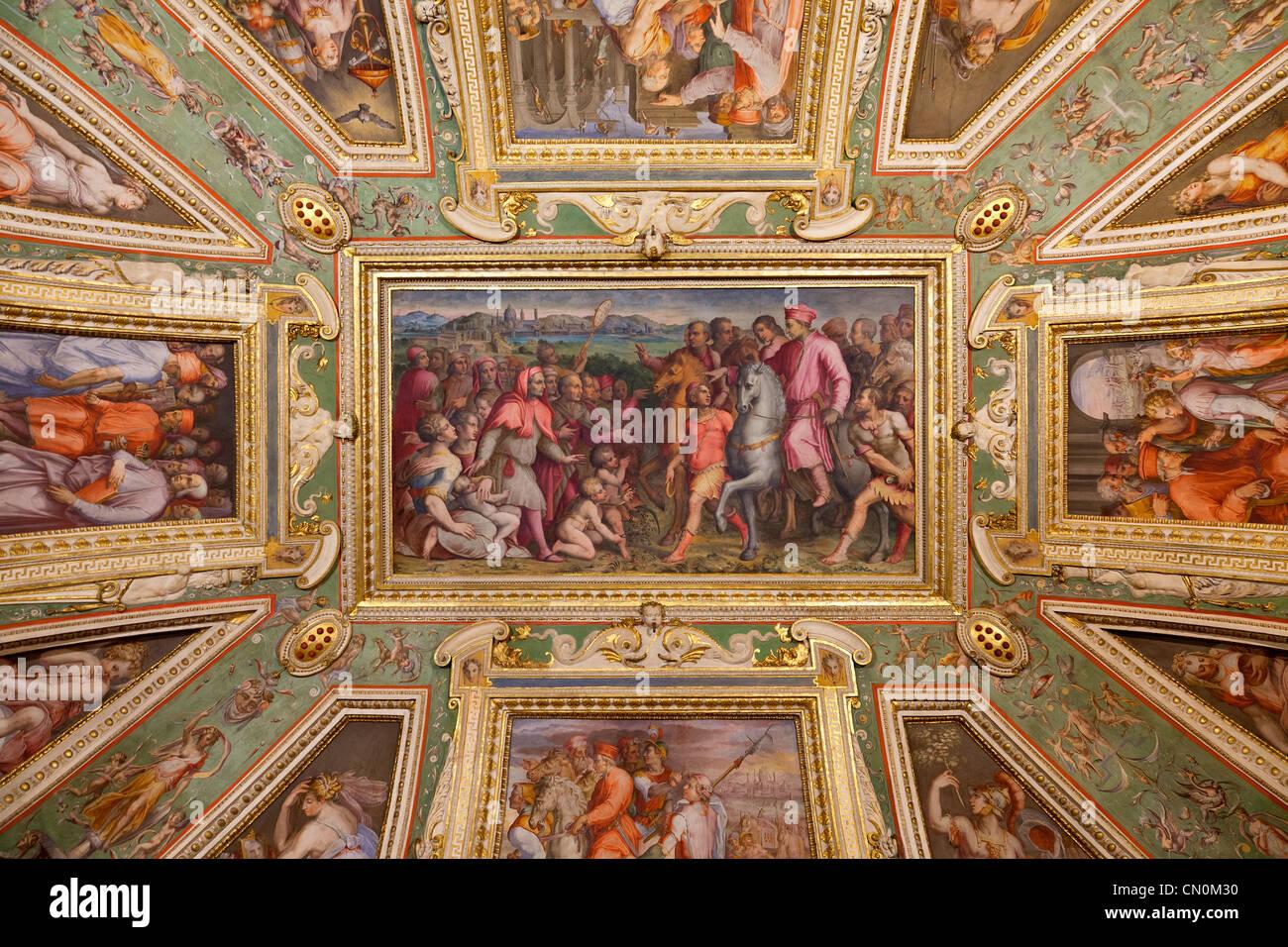 Europa, Italien, Florenz, Deckenplatte im Palazzo Vecchio, UNESCO-Weltkulturerbe, Stockbild