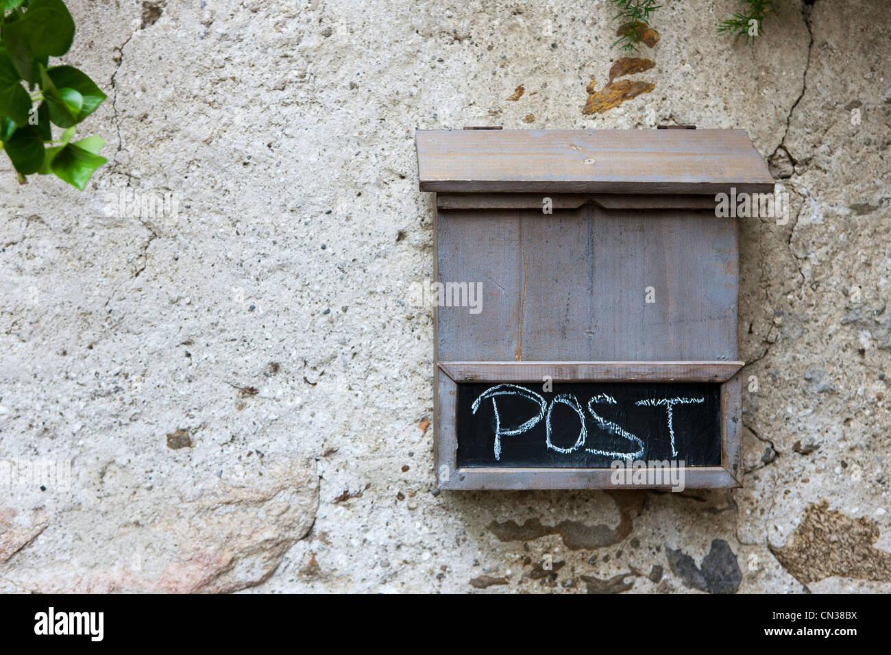 Holz Briefkasten Stockfoto Bild 47400974 Alamy