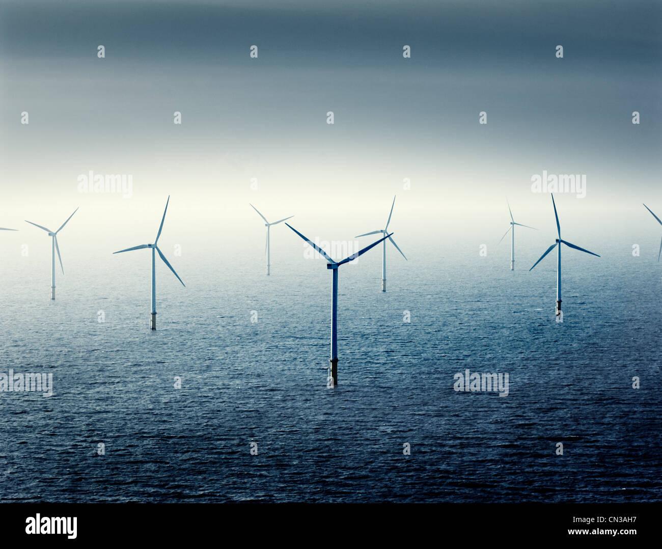 Windparks auf hoher See Stockbild