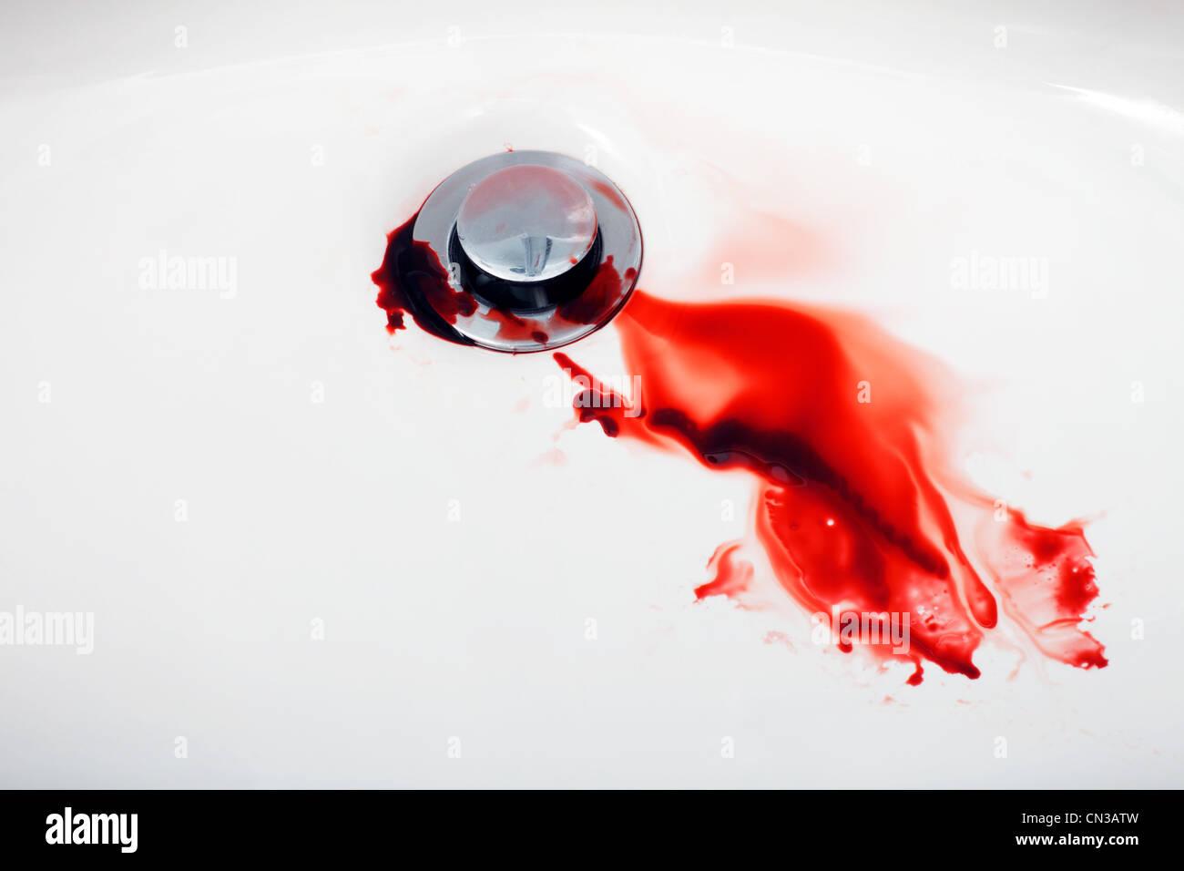 Blut im Waschbecken Stockbild