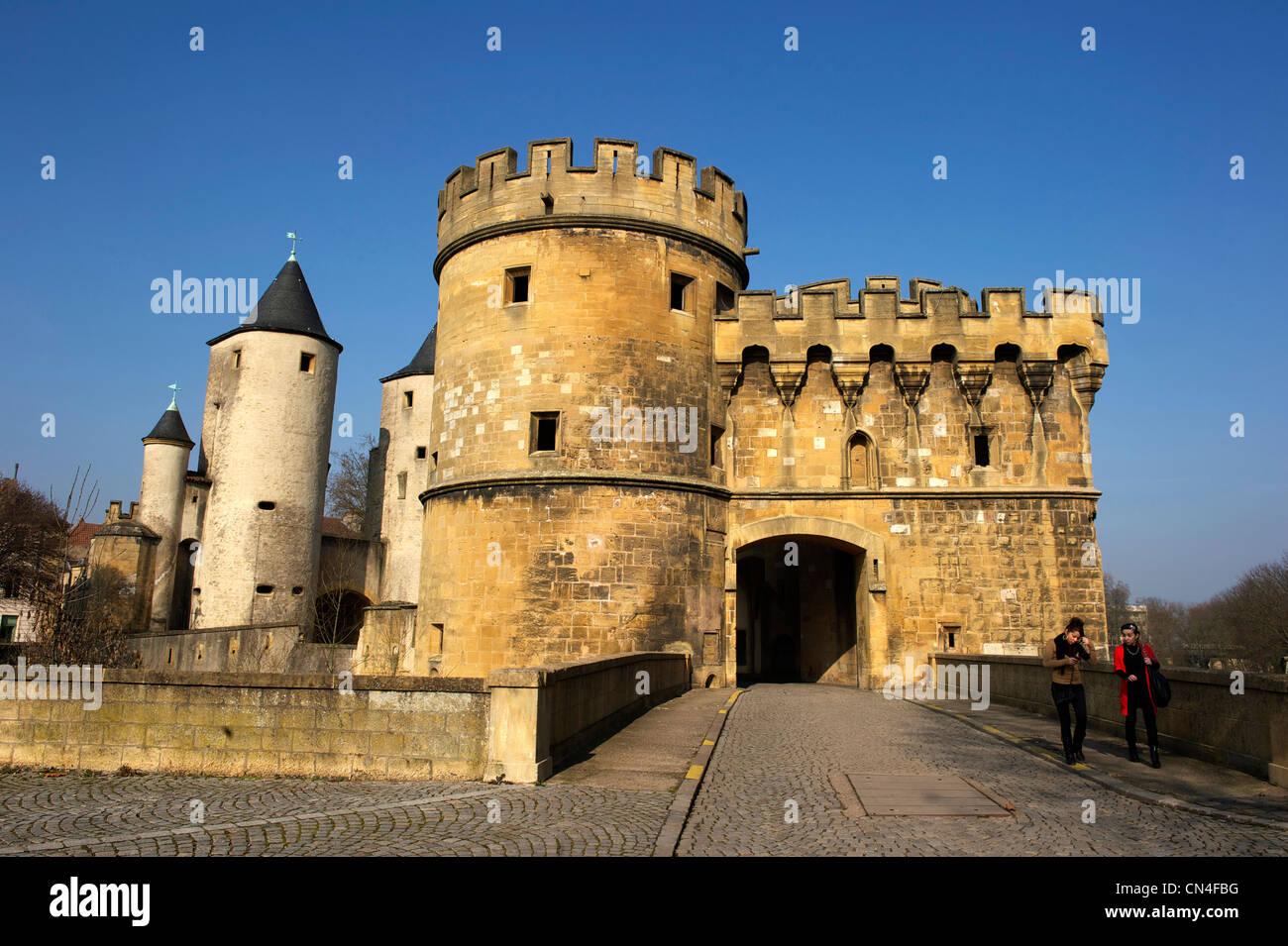 Frankreich, Moselle, Metz, die Tür der deutschen ist ein Überbleibsel der mittelalterlichen Stadtmauer Stockbild