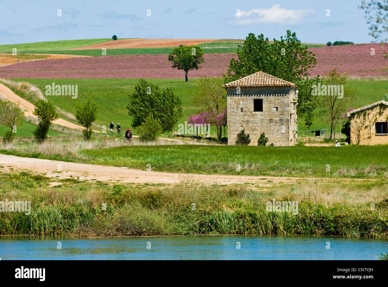 Spanien, Kastilien und Leon, Puente Fitero, Ankunft auf die Einsiedelei von San Nicolas Stockbild