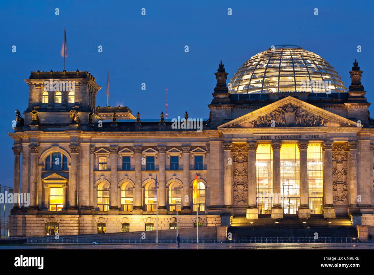 Deutschland, Berlin, den Reichstag oder Deutscher Bundestag, Deutschen Bundestages konzipiert ein Gebäude von Stockbild
