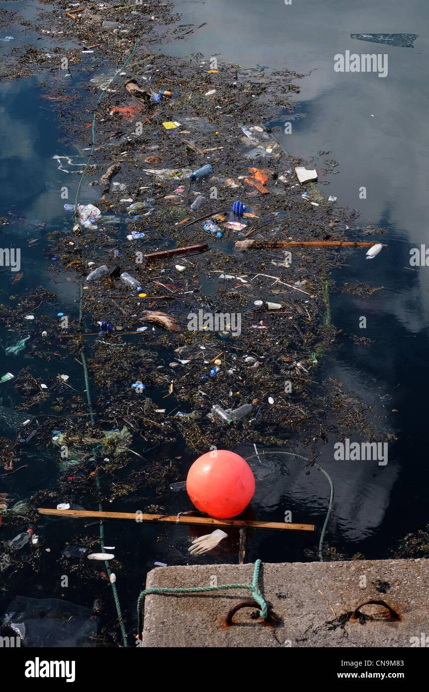 """Hafen von Brixham, """"Great Pacific Garbage Patch"""" oder ..."""
