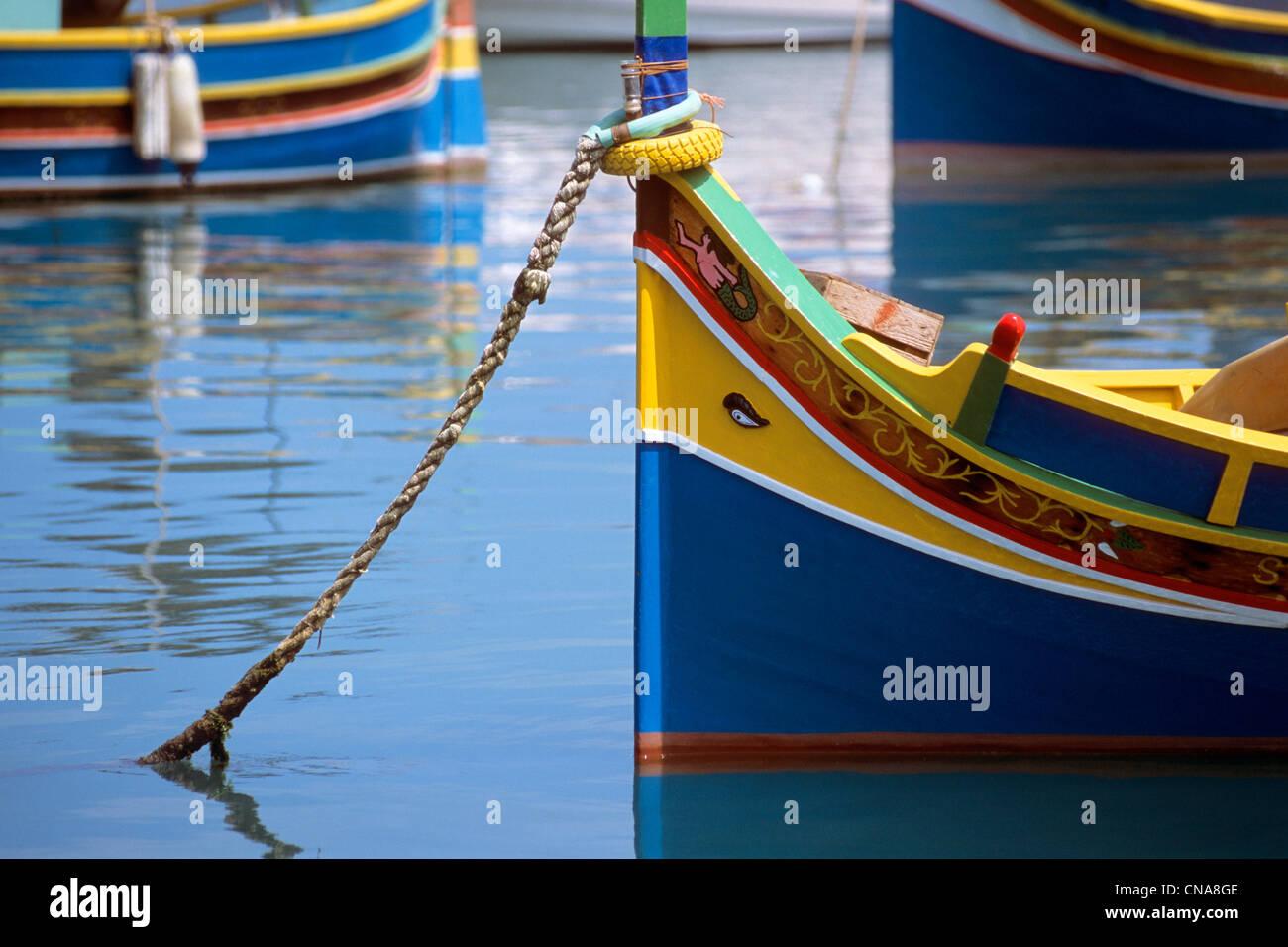 Malta, Marsaxlokk, Luzzu, maltesischen traditionellen Boot mit ...