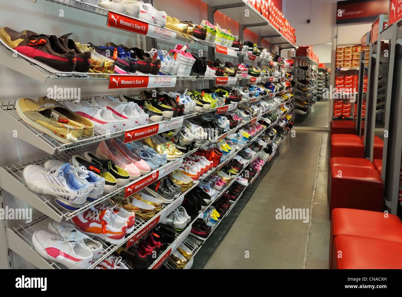 Puma Schuhe Stockfotos & Puma Schuhe Bilder Alamy