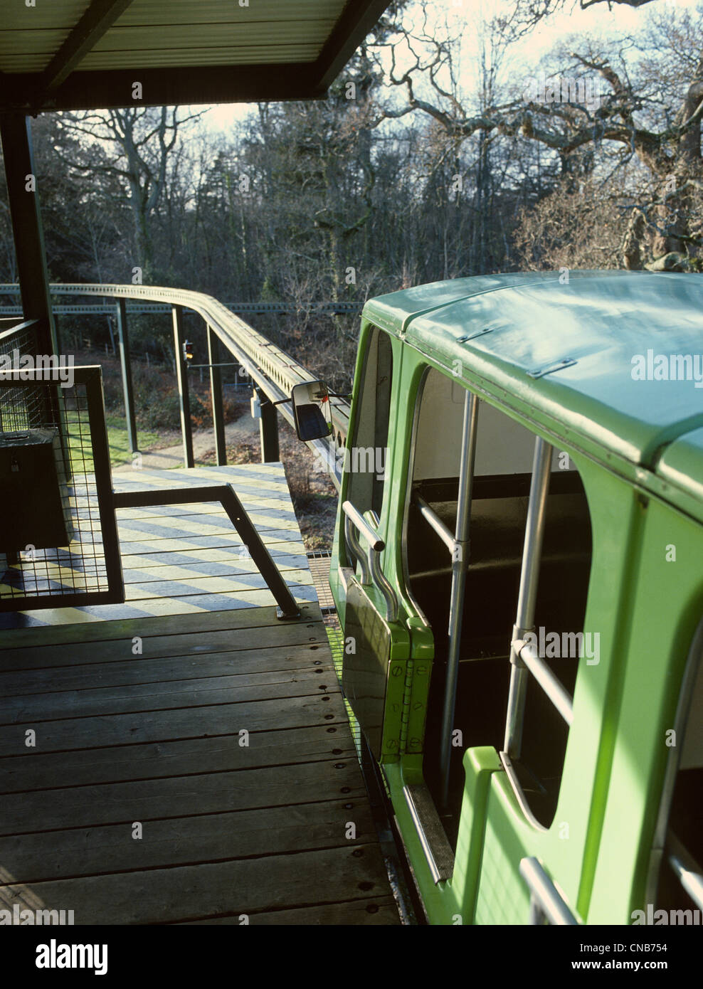 Beaulieu Hampshire National Motor Museum erhöhten Einschienenbahn und track Stockbild