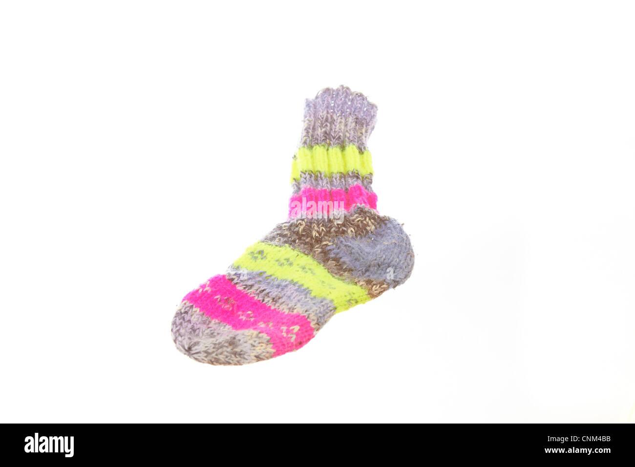 Gestrickte Socken in verschiedenen Farben Stockfoto