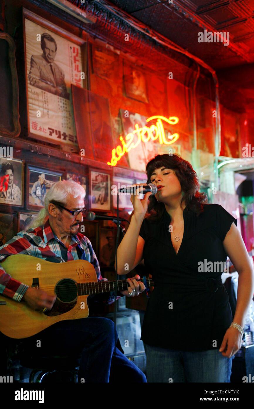 Sänger Molly Sue Gonzalez & Jimmy Snyder, Tootsie es Orchid Lounge ...