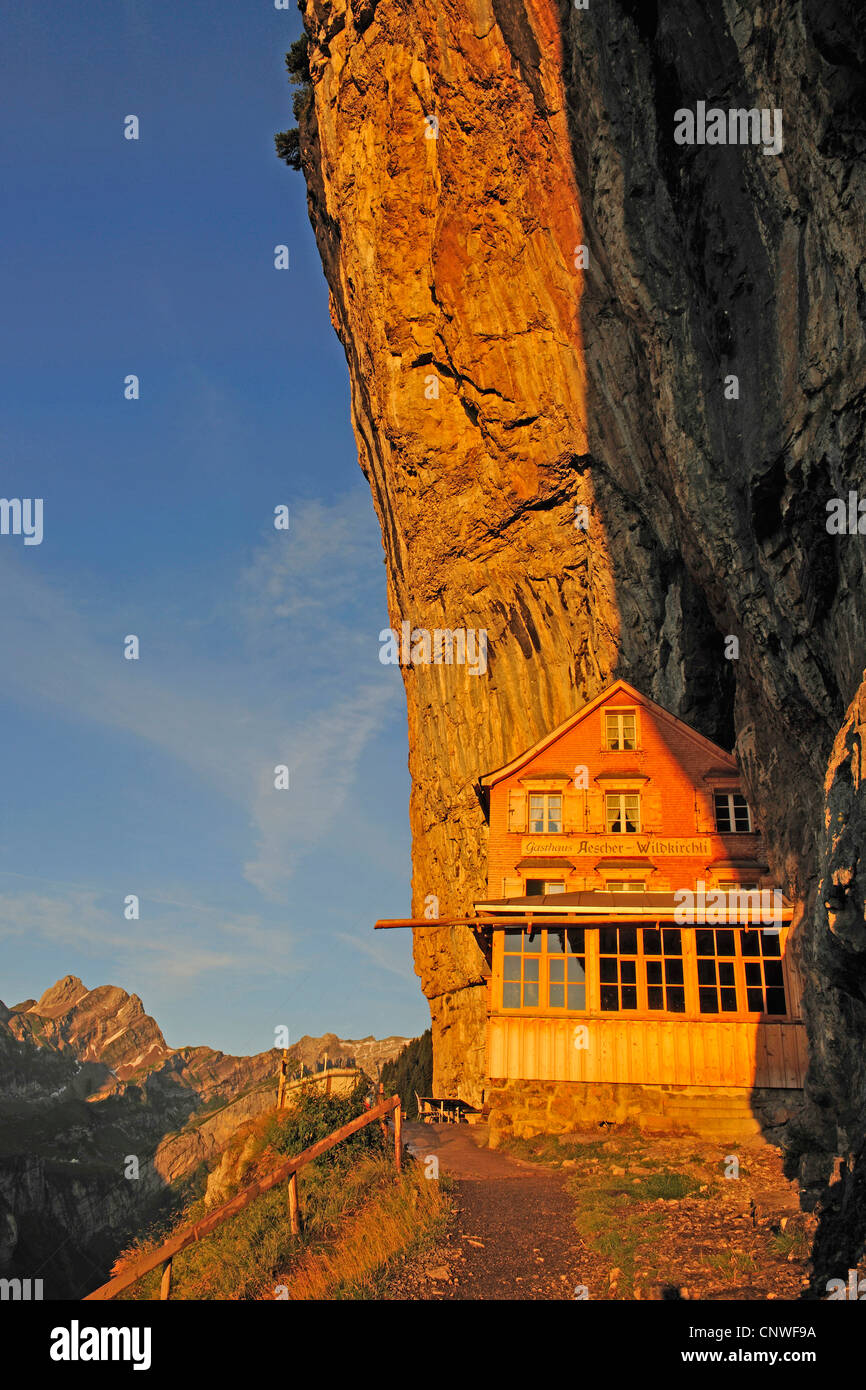 Berggasthaus Aescher im Alpstein-massiv, der Schweiz, Appenzell, Wildkirchli Stockbild