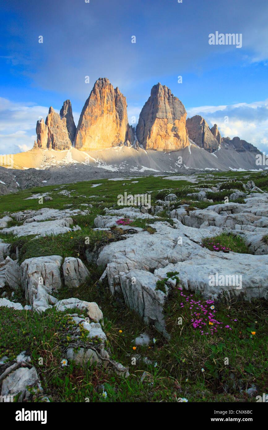 "beeindruckende Gebirgsbildung ""The Tre Cime di Lavaredo"" (""Drei Zinnen"" / ""Big Peak"" Stockbild"