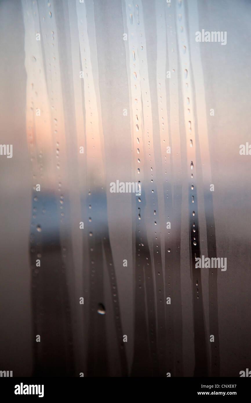 A Beschlagen Fenster Mit Streifen Stockfoto Bild 47910471 Alamy