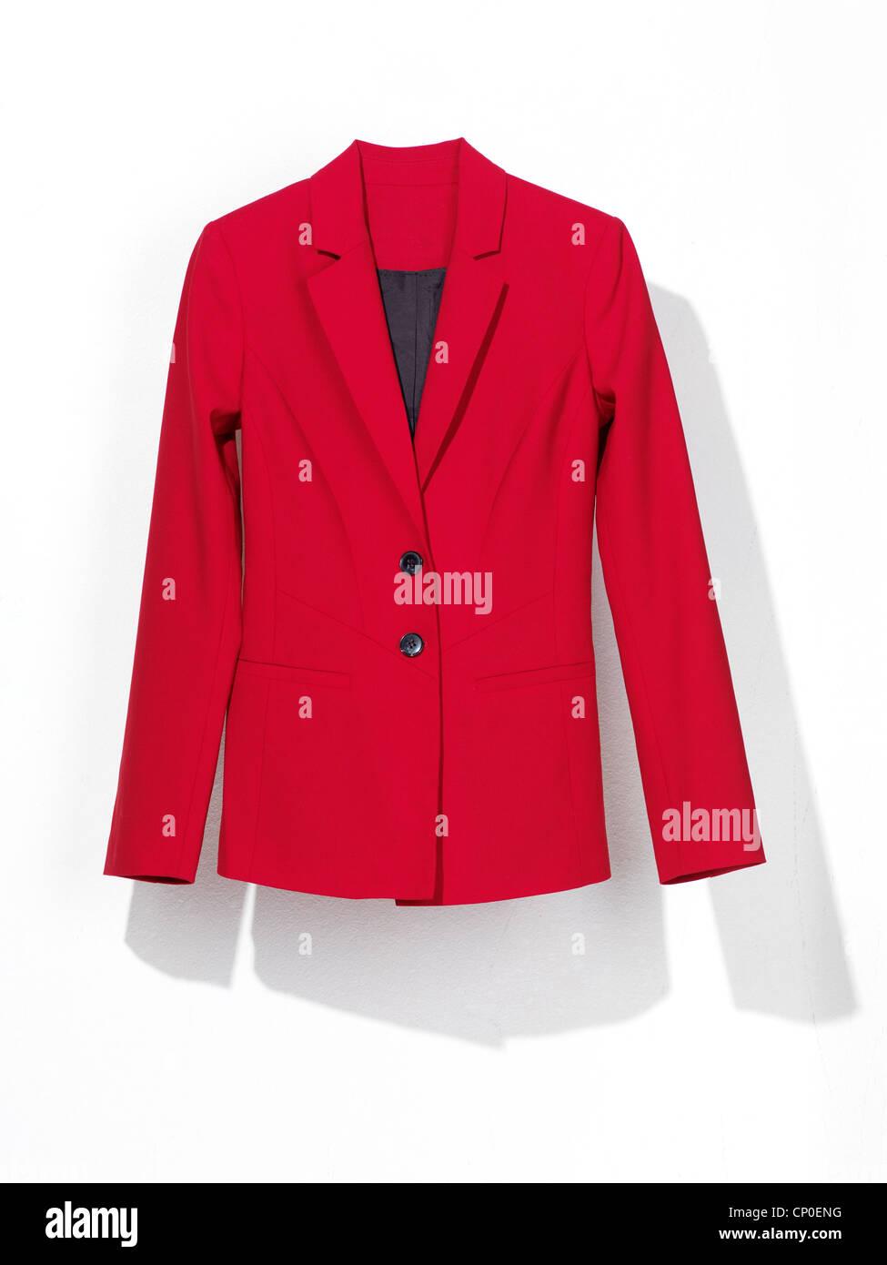 Rote Damen Anzug Mantel Isoliert Auf Weißem Hintergrund Stockfoto