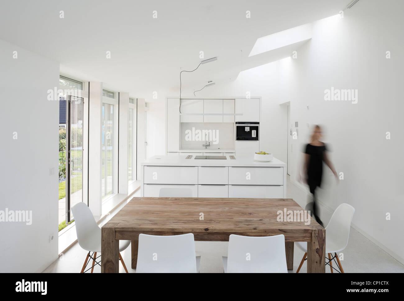Innenansicht Des Licht Activ Haus Wohn Und Esszimmer Hamburg