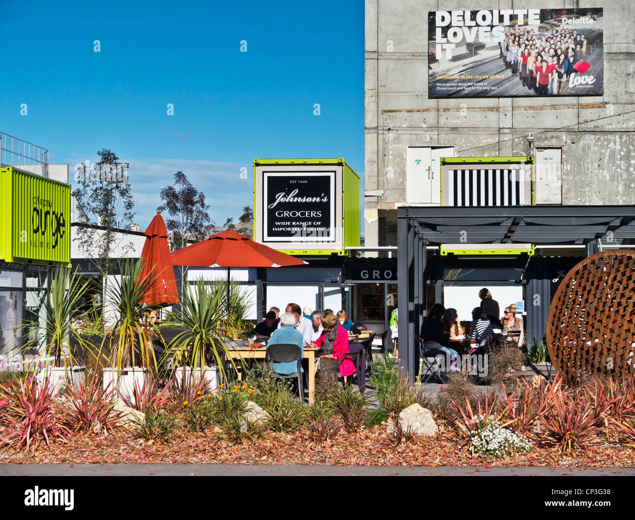 Cafe am Container Mall Christchurch, Neuseeland. Stockbild
